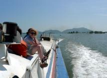 Cambodia-boat-siem-reap-4